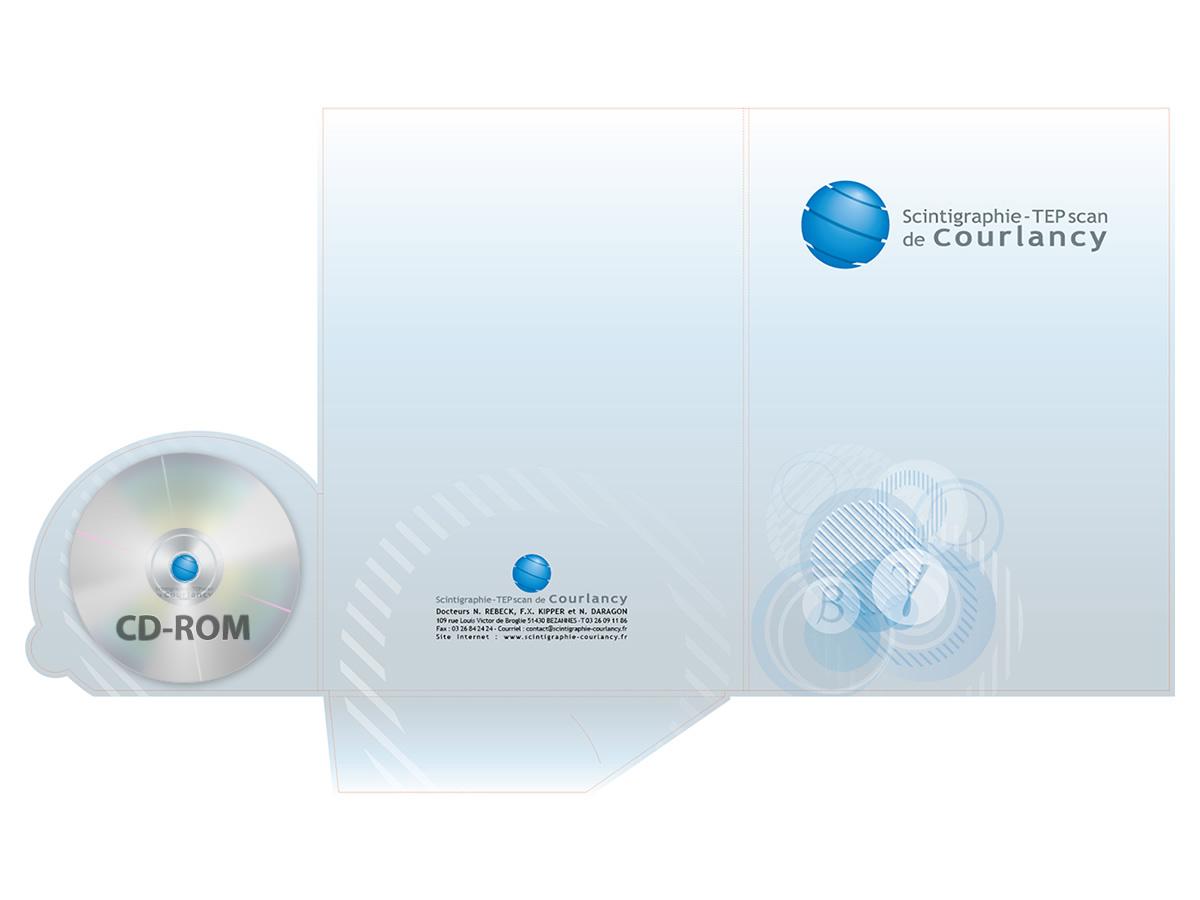 Forme de découpe de pochette incluant un CD-rom